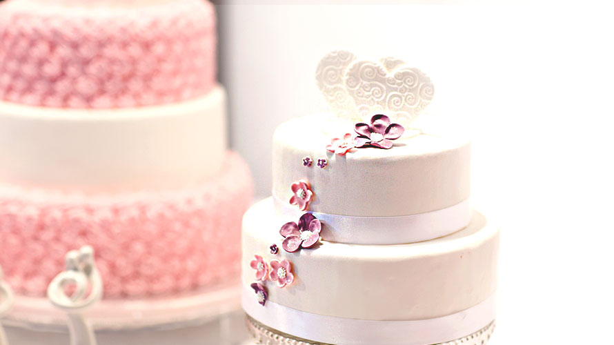 ウェディングケーキの起源・由来についての記事イメージ
