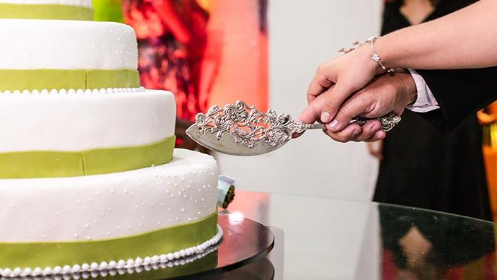 結婚式のケーキカットイメージ