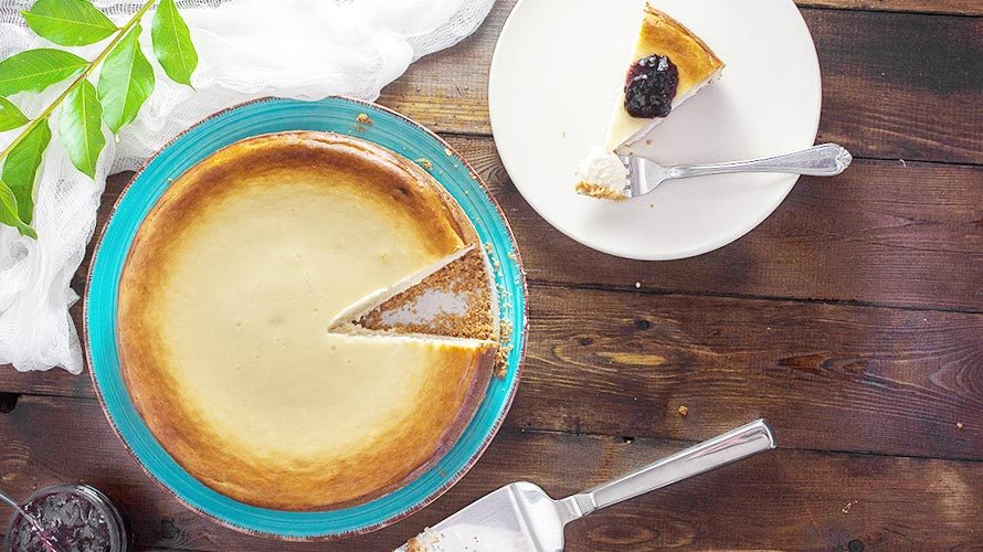チーズケーキの起源と歴史、雑学を紹介する記事のイメージ